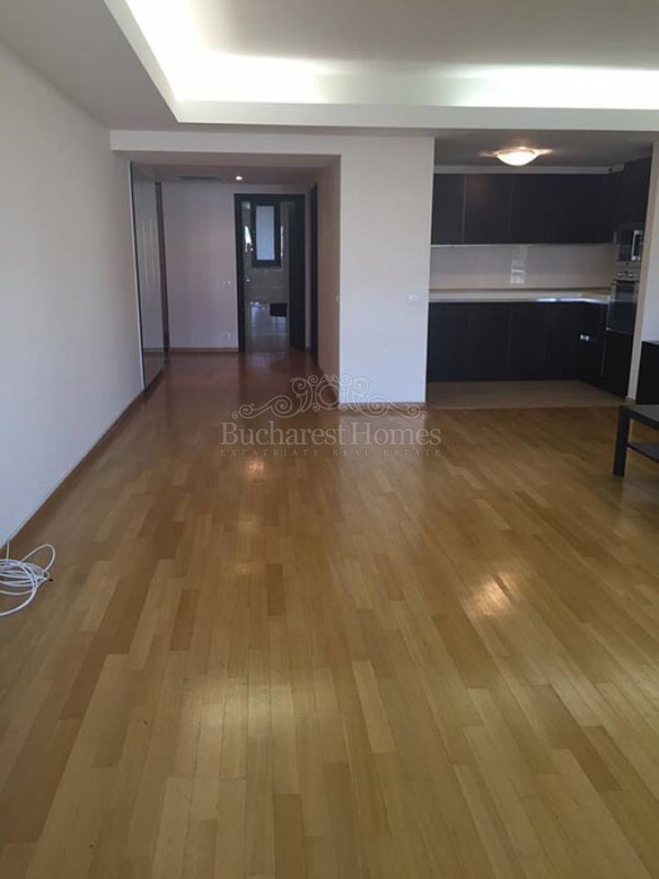 Three Bedroom Apartment in Primaverii with Terrace