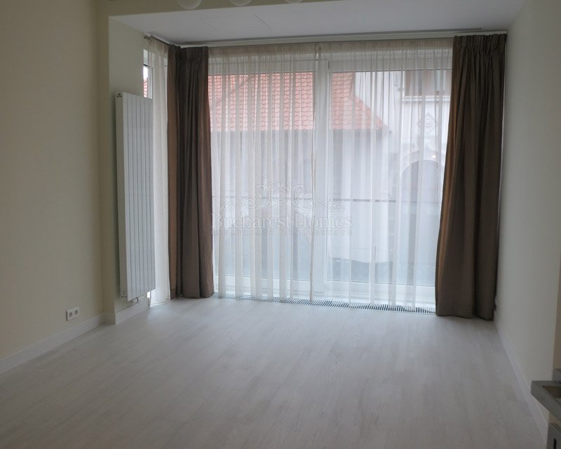 Three Bedroom Apartment in New Dorobanti Block with Pool