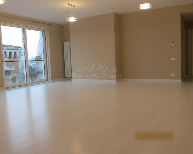 Nicely Finished Three Bedroom Apartment in Dorobanti