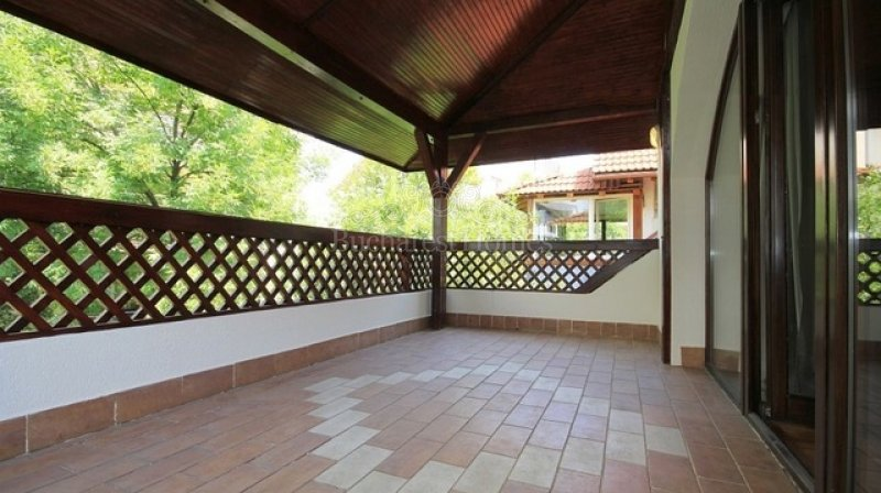 Four Bedroom House with Garden Near Park - Herastrau
