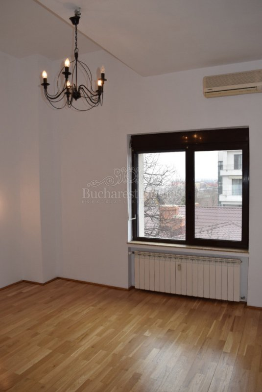Four Bedroom Penthouse Floreasca with Terrace