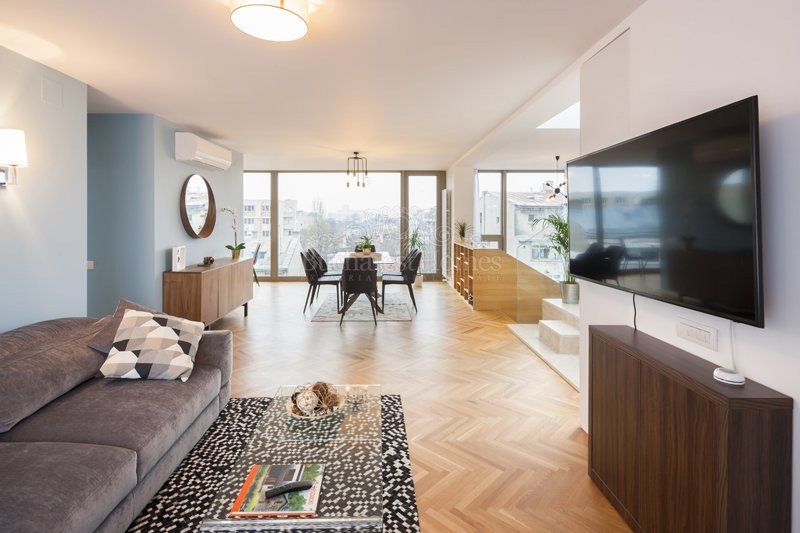 Beautifuly Made Three Bedroom Penthouse - Piata Victoriei for sale
