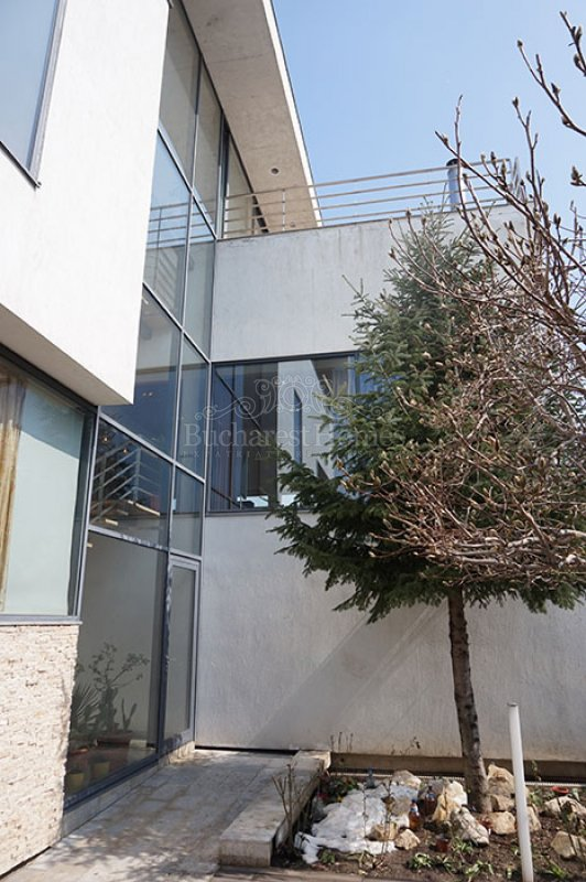 Scandinavian Designed Four Bedroom House in Baneasa
