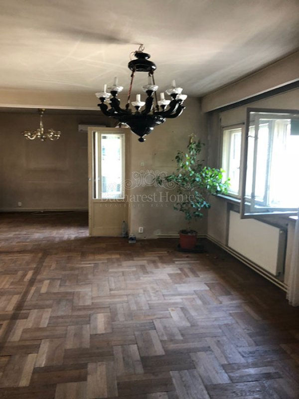 Investment apartment, South Dorobanti