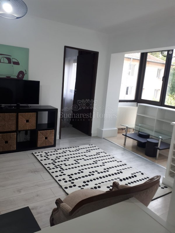 Nicely Put Together One Bedroom Flat in Small Rise - Floreasca