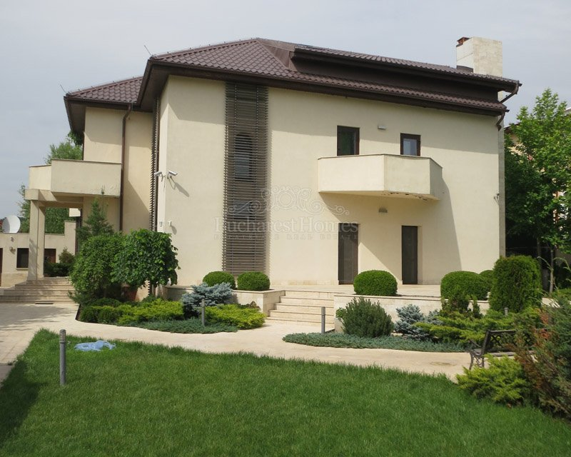 Five Bedroom Mansion with Pool in Baneasa