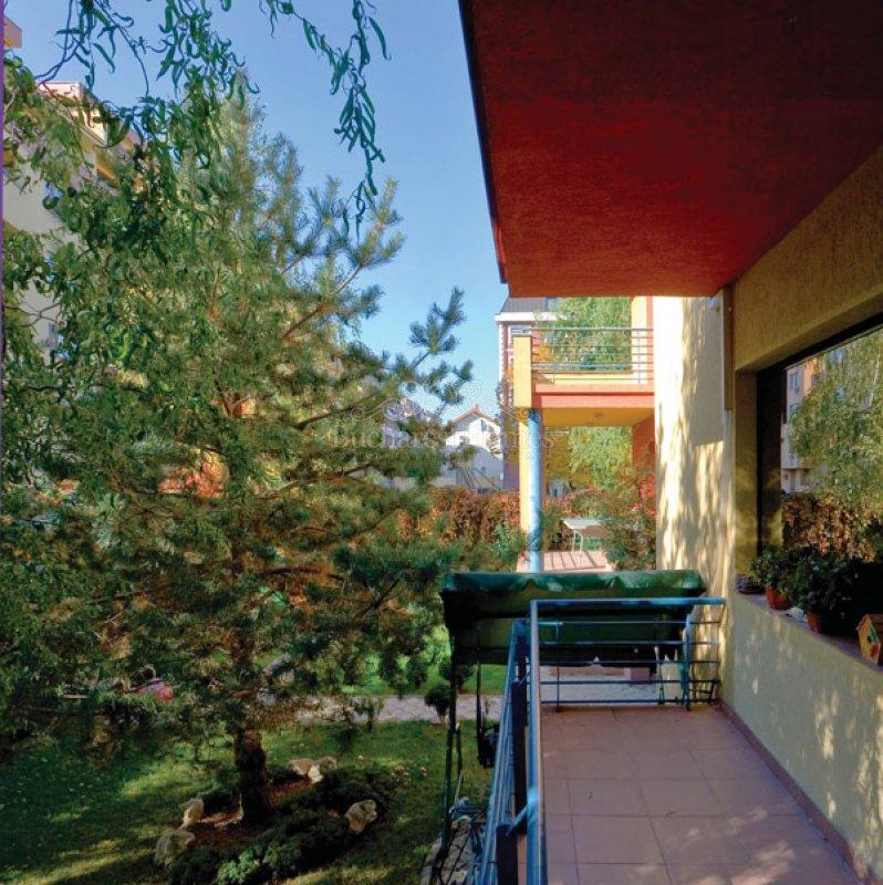 Three Bedroom Villa With Garden Herastrau Park Rental