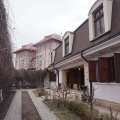 Large Three Bedroom House with Garden - Kiseleff