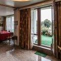 Large penthouse on a privilege location, Kiseleff